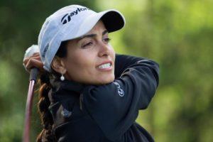 golfer-lovelady